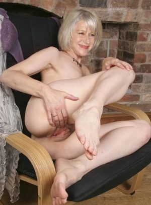 helen mirren young naked