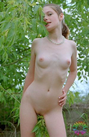 amature young nudist