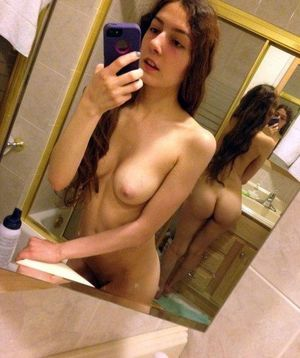 hot teen naked selfies